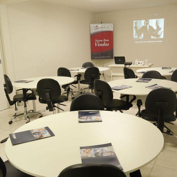 Sala de Treinamento da Empresa Emerson Fabris